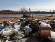 smeće uz rijeku Lištica Uzarići