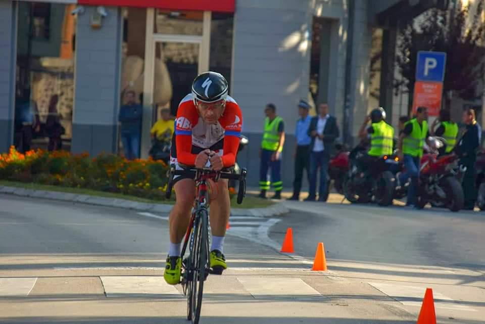 Pobjedio u utrci sa pokvarenim biciklom – TONI ODAK