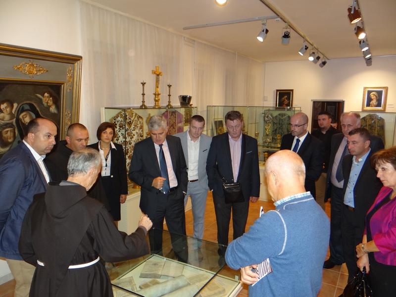 Franevačka galerija Široki Brijeg slavi 25 godina