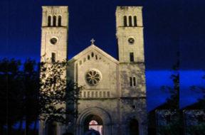 Siroki Brijeg crkva foto Ivo Mikulic